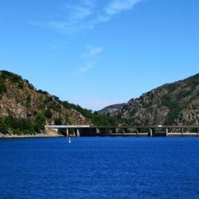 Barrage hydroelectrique lac de Villefort @ Gite Castagnere 1