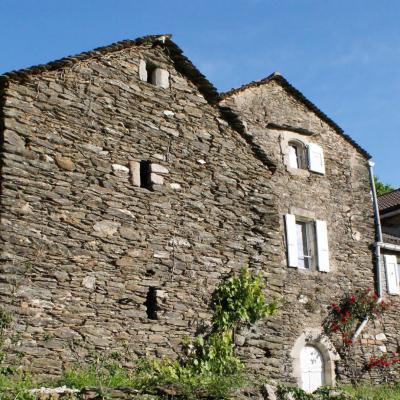 Vue partielle du mas Castagnère en Cévennes