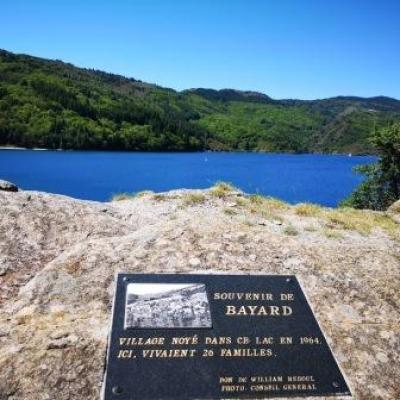 Souvenir de Bayard lac de Villefort @ Gite Castagnere